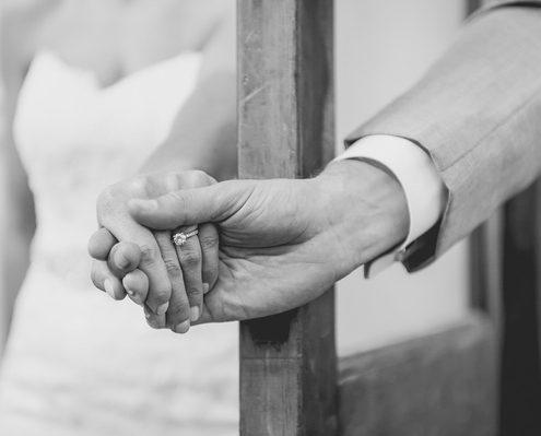 rebecca-sam-risley-wedding-photos-la-flour-mill-mckinney-tx-226-226-1(pp_w600_h399)