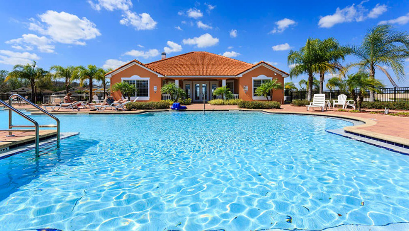 vacation house with pool