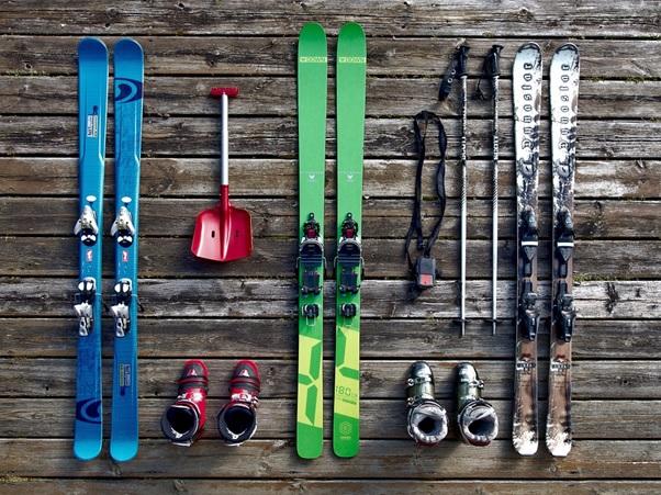 Essential snowboard gear.