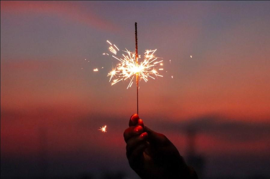 firecracker in hand