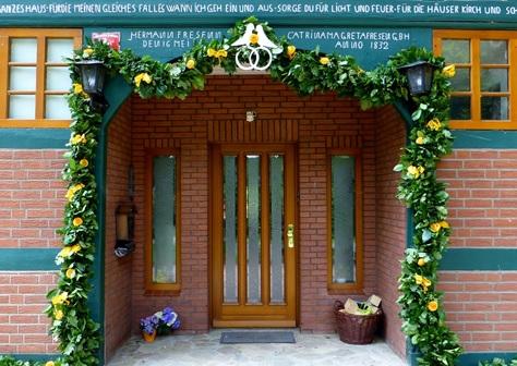 Av wedding venue entrance