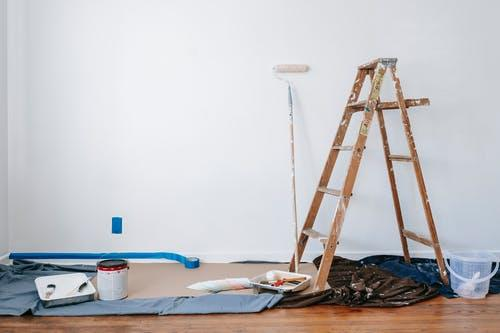 A room that needs drywall painting service in Concord CA