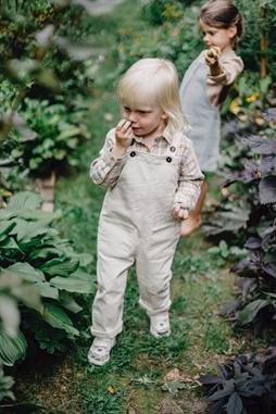 a child in white