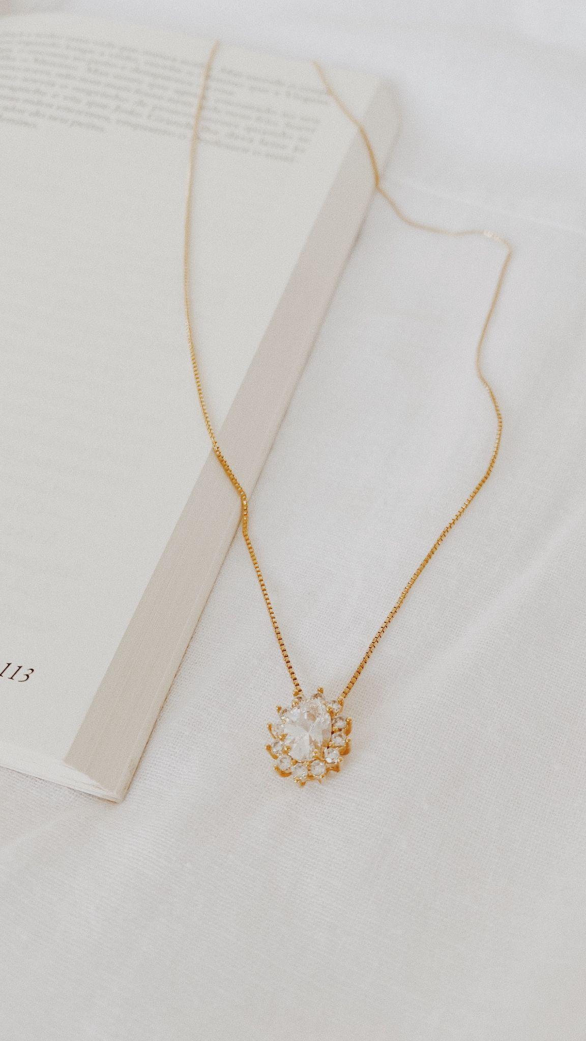Gold Swarovski crystal necklace